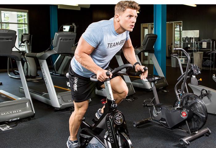 Fahrrad im Bodybuilding